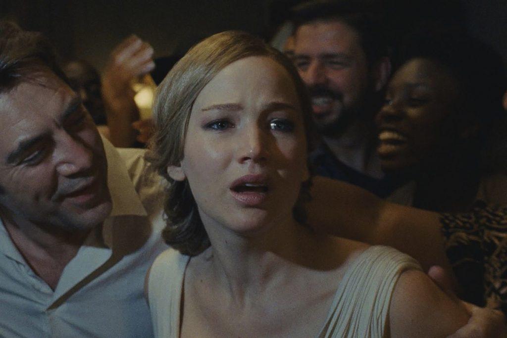 Javier Bardem y Jennifer Lawrence en 'mother!'