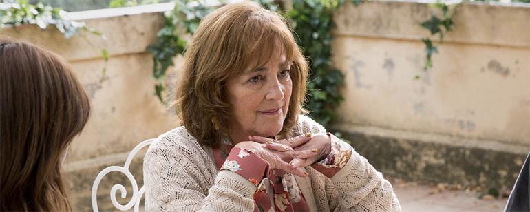 Carmen Maura en 'Gente que viene y bah', una de sus últimas películas