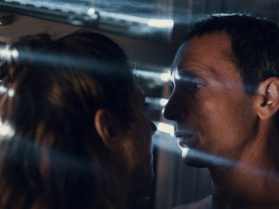 'Dos', dirigida por Mar Targarona y protagonizada por Pablo Derqui y Marina Gatell