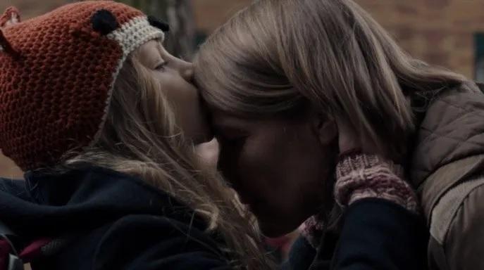 Elisabeth y Charlotte en 'Dark'