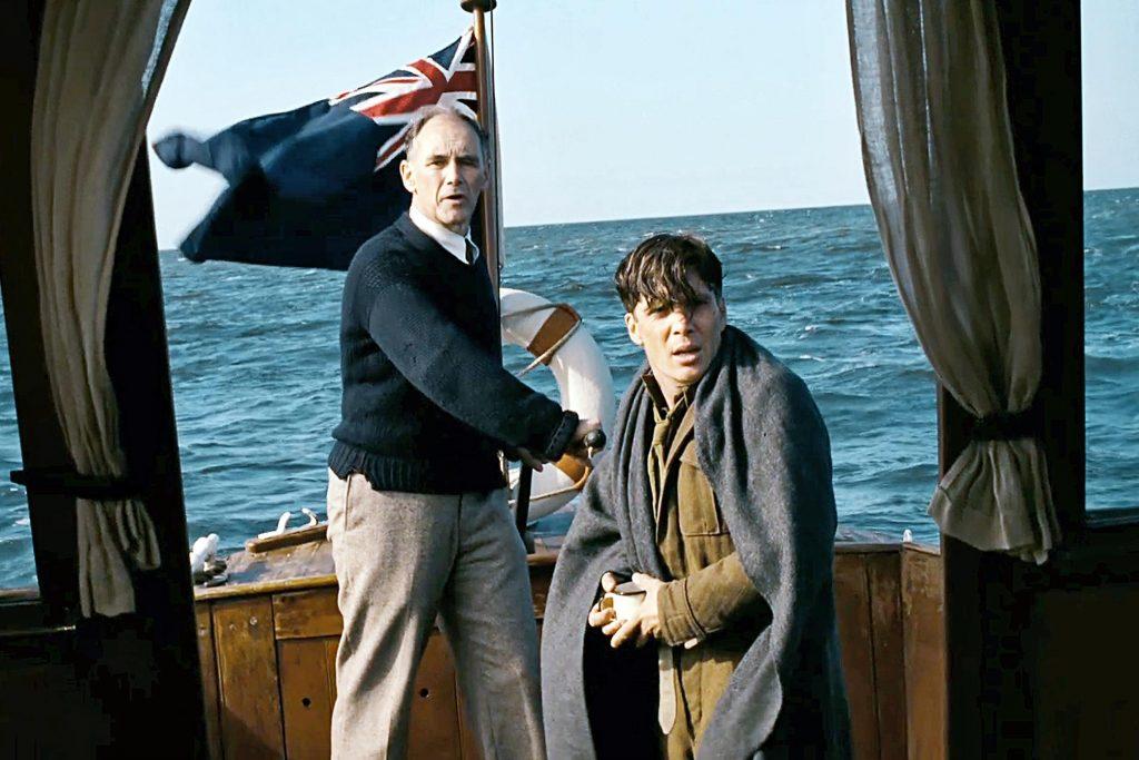 Mark Rylance y Cillian Muprhy en Dunkirk