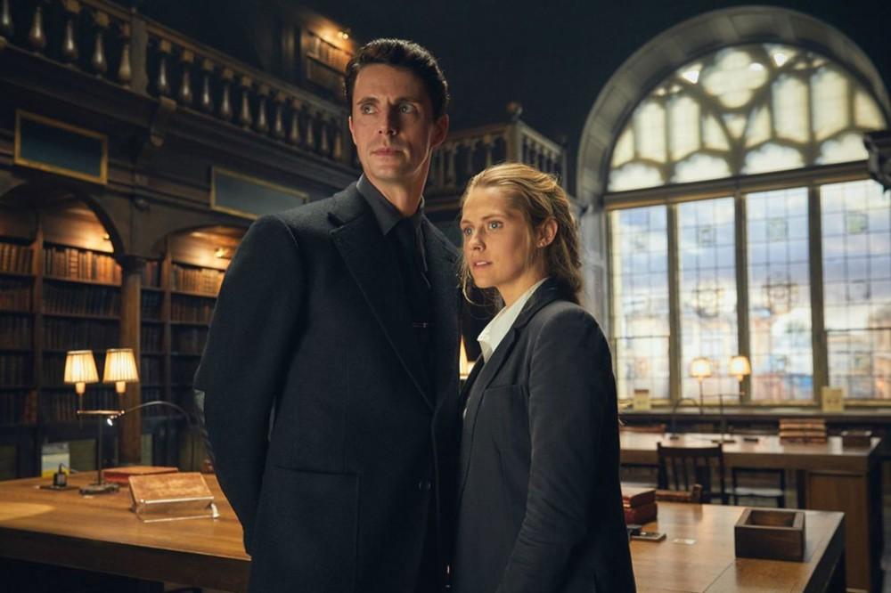 Matthew Goode y Teresa Palmer en 'El descubrimiento de las brujas'